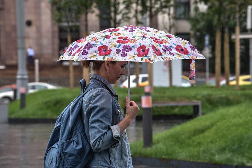 Синоптики предупредили о начале затяжных дождей