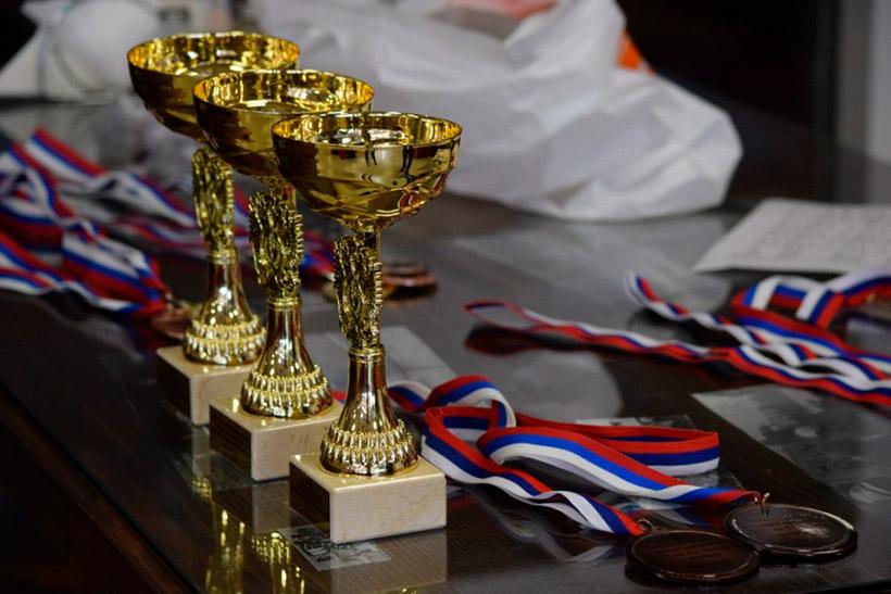 Соревнования по триатлону на Гребном канале в Крылатском