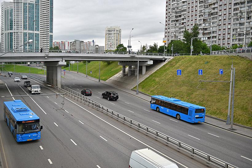 Эстакада на Аминьевском шоссе заработает осенью