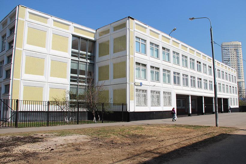 В Крылатском откроется новый детский сад и школа
