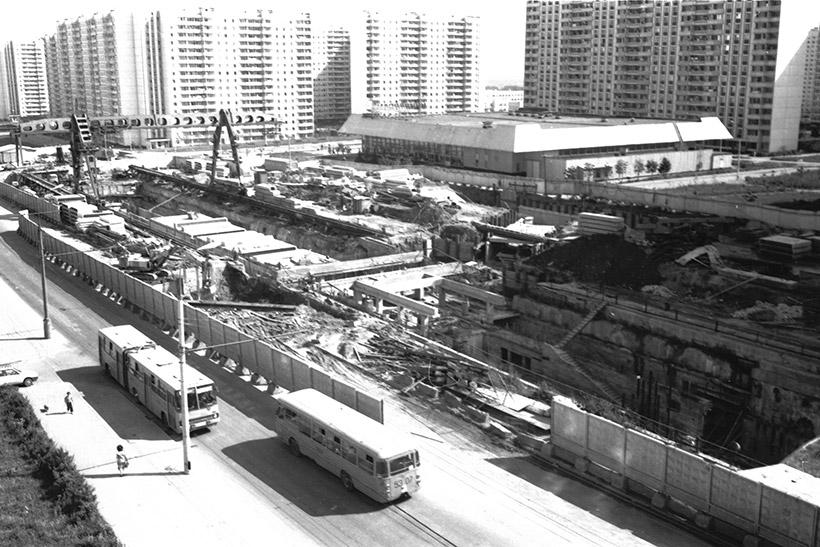 Строительство метро в Крылатском