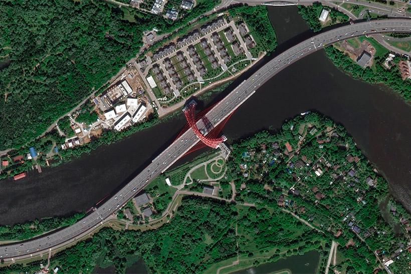 Спутниковый снимок Живописного моста от компании Яндекс