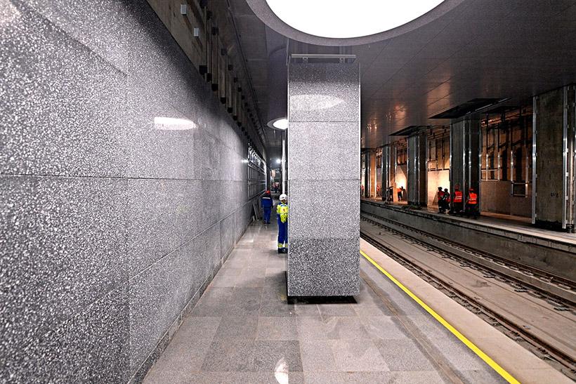 Колонна на станции БКЛ «Кунцевская»