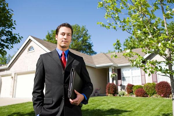 Агентства недвижимости – обращаться или нет