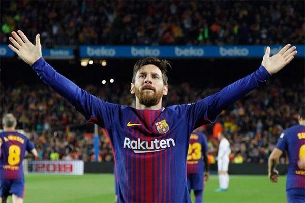 ТОП-10 лучших футболистов за всю историю футбола