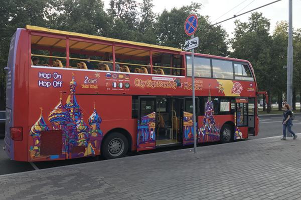 Москва с высоты двухэтажного автобуса, или даблдеккера